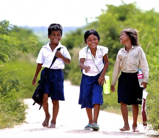 Skolegang for børn i Cambodja, Danmarks Indsamling (foto af Preben Hjorth)