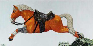 """Jumping Horse af Tong Wang fra udstillingen The Stuff Dreams Are Made Of på Gammelgaard i Herlev – som blev støttet af blandt andre Fonden Herlev Bladet (PR foto - Gammelgaard)"""" width=""""349"""" height=""""260"""" /> Red Knight af Tong Wang fra udstillingen The Stuff Dreams Are Made Of på Gammelgaard i Herlev – som blev støttet af blandt andre Fonden Herlev Bladet (PR foto - Gammelgaard)"""