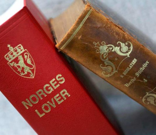 Norges Lover & Norske Stiftelser