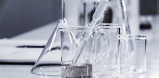 Laboratorium (foto: Hans Reniers, Unsplash)