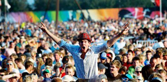 Publikum til Roskilde Festival (foto: Jens Dige / Rockfoto)