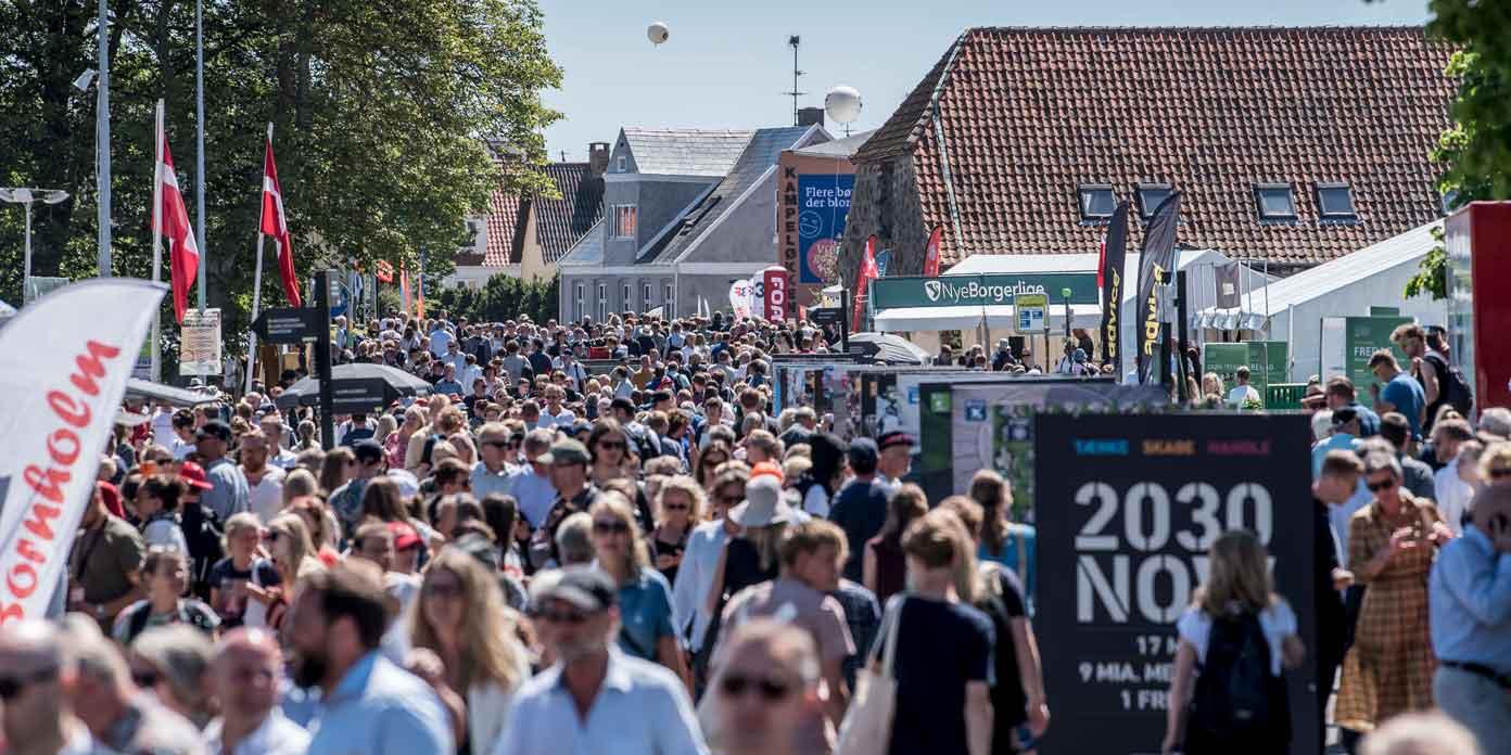 Strandvejen under Folkemødet (foto: Mads Claus Rasmussen / Ritzau Scanpix)